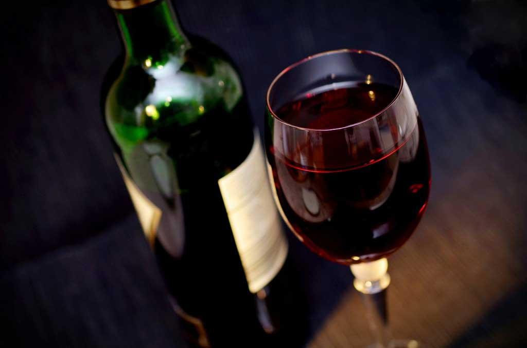 VinoVinos tintos, blancos y rosados.