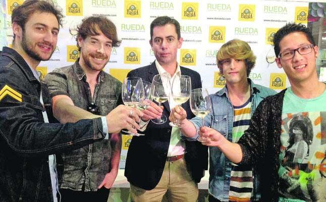 El vino de la D.O. Rueda apoya la música