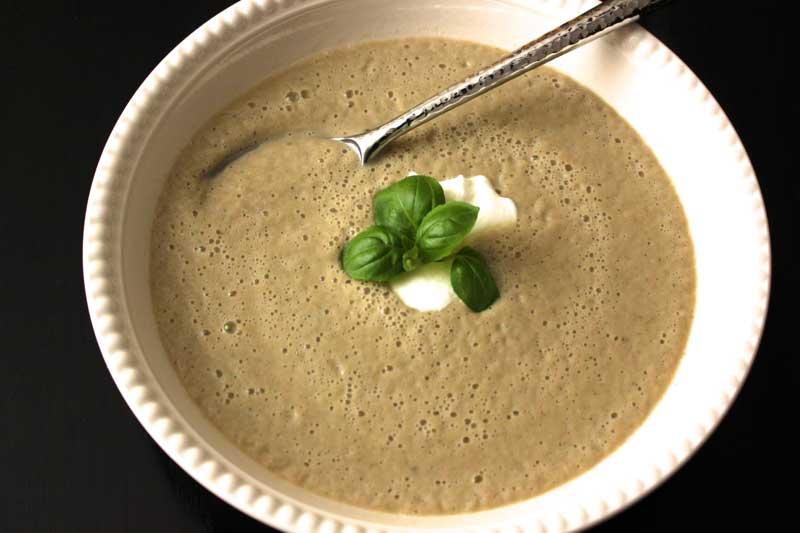 Receta de Sopa fría de Berenjena y Yogurt