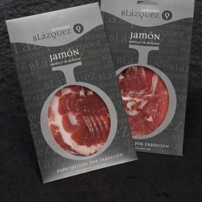 Comprar Jamón Ibérico de Bellota Blázquez, lonchas a mano. Cerdo Ibérico alimentado con bellota en montanera. Producto gourmet. Delicatessen Artesanal de Salamanca.