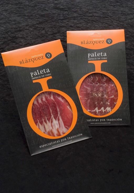 Comprar Paleta Ibérica Cebo Blázquez en lonchas. Elaborada de manera artesanal y curada en bodega, mínimo 24 meses. Producto Gourmet. Delicatessen de Salamanca.